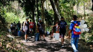 Llega agua en Venezuela de mal olor y color negro intenso
