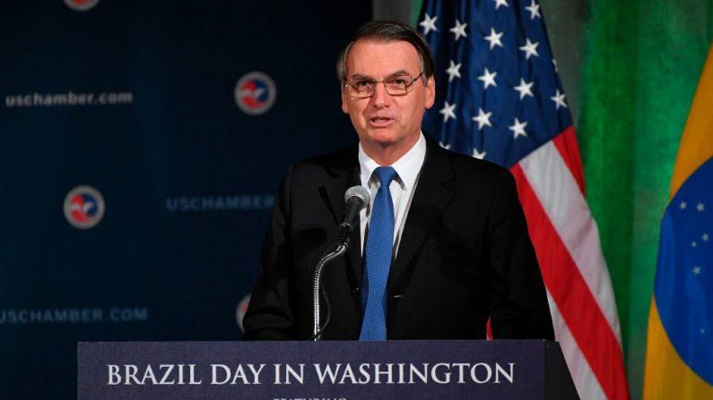 El presidente de Brasil, Jair Bolsonaro, habla sobre las relaciones entre Estados Unidos y Brasil en la Cámara de Comercio de Estados Unidos en Washington, DC, el 18 de marzo de 2019. (MANDEL NGAN/AFP/Getty Images)