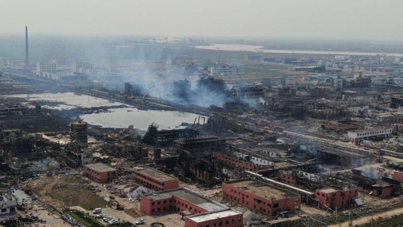 Vista aérea de una planta química después de una explosión en Yancheng, en la provincia oriental de Jiangsu, China, el 23 de marzo de 2019. (STR/AFP/Getty Images)