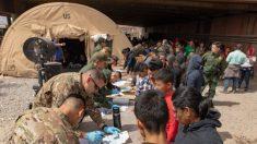 Migrantes desbordan centros de Patrulla Fronteriza en Arizona y son liberados