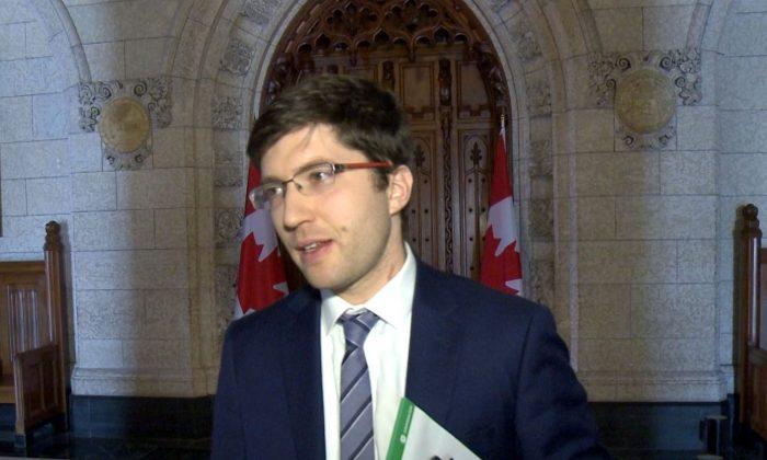 Miembro del Parlamento Garnett Genuis en una foto de archivo. (NTD Televisión)