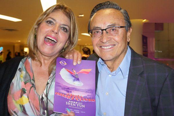 """Empresario mexicano se siente """"completamente conectado"""" con el mensaje de Shen Yun"""