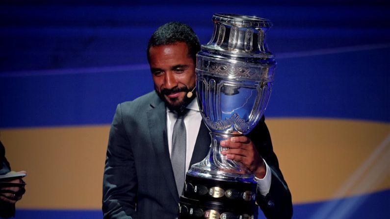 En la imagen el trofeo de campeón de la Copa América. EFE/Archivo