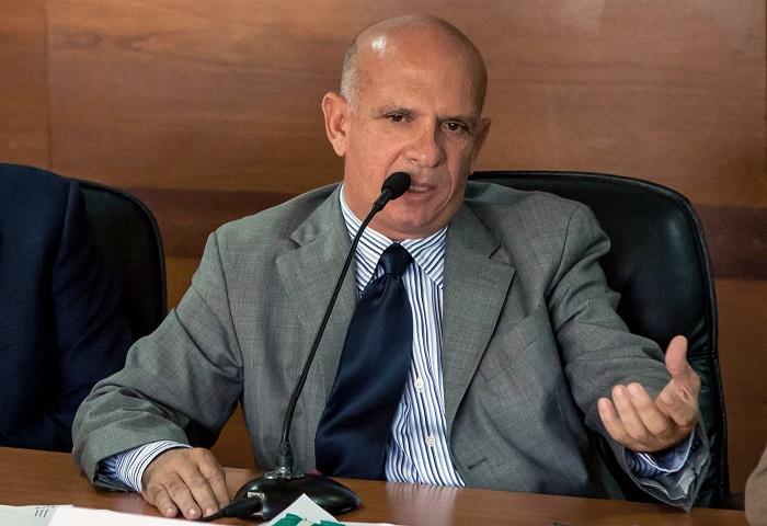 """El """"Pollo"""" Carvajal trata de frenar su entrega a EE.UU. a base de recursos"""