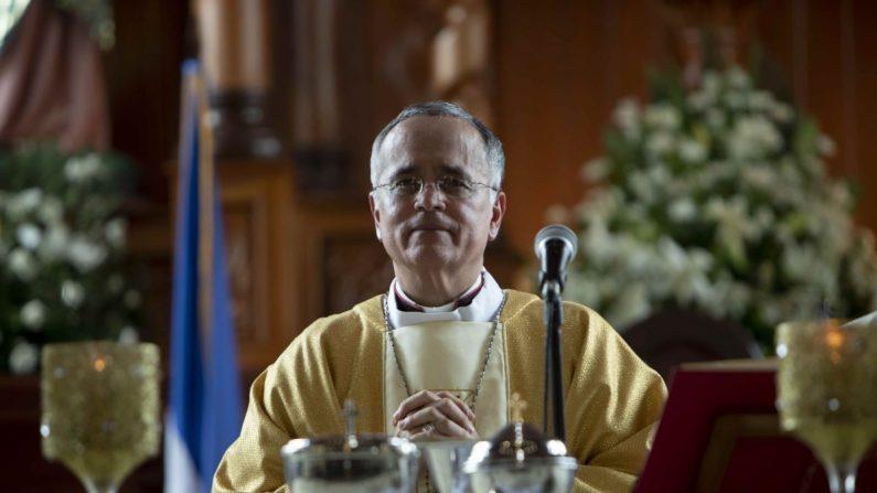 El obispo auxiliar de Managua, monseñor Silvio Báez, en Managua (Nicaragua). EFE/Archivo