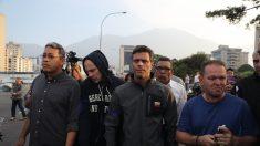 Liberan al opositor venezolano Leopoldo López por orden de Guaidó