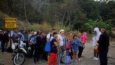 Cubanos organizan migrantes de Centroamérica rumbo a Estados Unidos