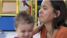 Desde que dio a luz esta madre tiene alergia al agua y su piel se enroncha, pica y duele