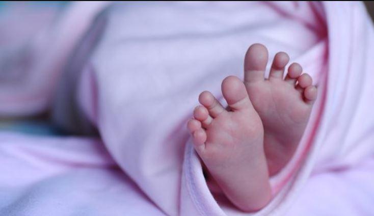 Una imagen de archivo de los pies de un bebé (Christiana Bella/Pixabay)