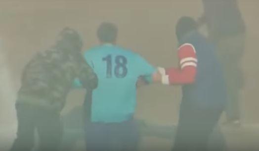 Momentosen que dos hombre encapuchados y armados se llevan al jugador Ignazio Barbagaglio (Captura de vídeo)