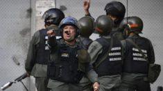 Los venezolanos quieren intervención militar extranjera, indica encuesta