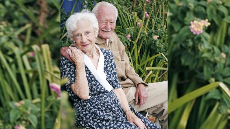 La felicidad aumenta después de los 50, lo que le da una buena razón para ayudar a su cerebro a mantenerse ocupado a medida que envejece. (Pixabay)