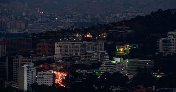 Vista de Caracas durante el apagón del 9 de marzo de 2019. Foto de MATIAS DELACROIX/AFP/Getty Images.