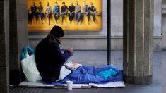 Ciudad sueca exige pagar una licencia para poder mendigar en sus calles