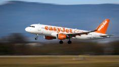 Avión de EasyJet despega dejando a todos los pasajeros en el aeropuerto