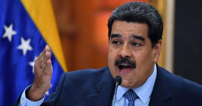 Nicolás Maduro habla en conferencia de prensa en el palacio presidencial de Miraflores, en Caracas, Venezuela, el 9 de enero de 2019. Foto de YURI CORTEZ/AFP/Getty Images.