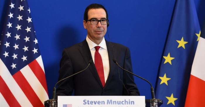 El secretario del Tesoro de los Estados Unidos, Steven Mnuchin, durante una conferencia de prensa en París el 27 de febrero de 2019. (ERIC PIERMONT/AFP/Getty Images)