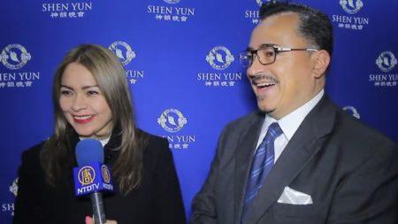 """""""Fascinante, vibrante, emocionante"""", dijo el público de Shen Yun tras su actuación en Puebla"""