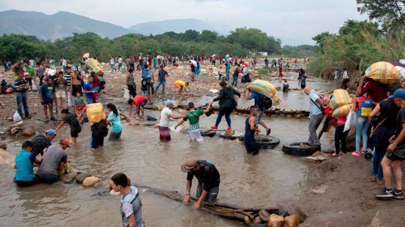 Régimen de Maduro niega cifra de refugiados y arremete contra Acnur