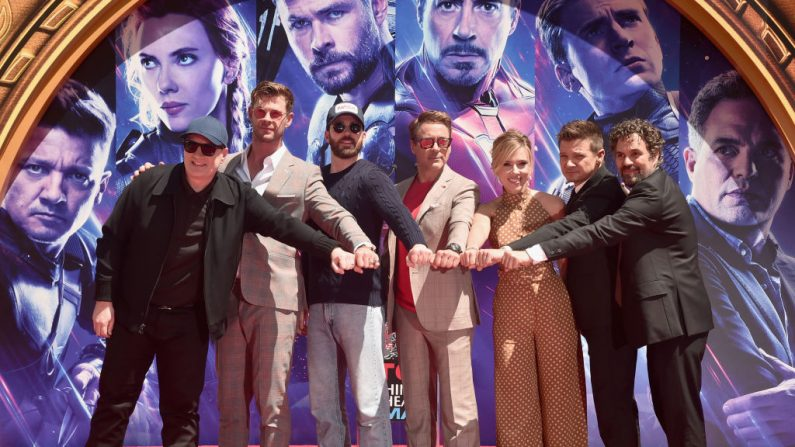 "Protagonistas de ""Avengers: Endgame"" en una ceremonia el 23 de abril de 2019 en Hollywood, California.  (Foto de Alberto E. Rodriguez/Getty Images para Disney)"