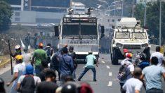 El socialismo aplasta: de tanques en Tiananmen a tanquetas en Caracas