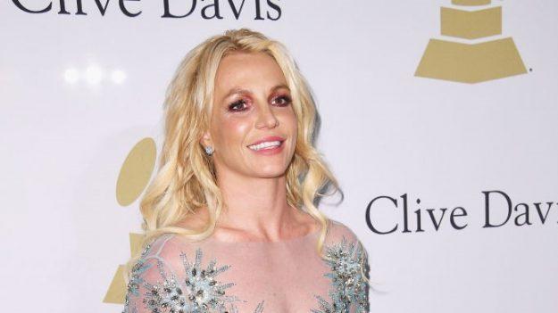 Britney Spears inicia los trámites legales para sacar a su padre de la tutela