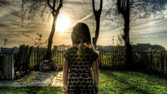 """Niña de 9 años cae 9 metros y llega al """"cielo"""". Después desaparecen sus trastornos intestinales"""