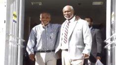 Liberan a dos hombres presos hace 42 años por un asesinato que nunca cometieron