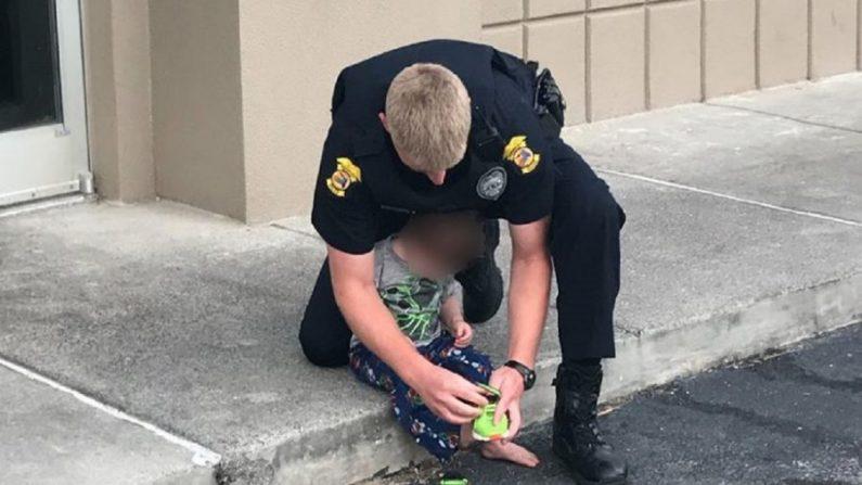 Un niño pequeño fue encontrado deambulando y sin ropa por un estacionamiento de la Florida. (Ciudad de Panamá)