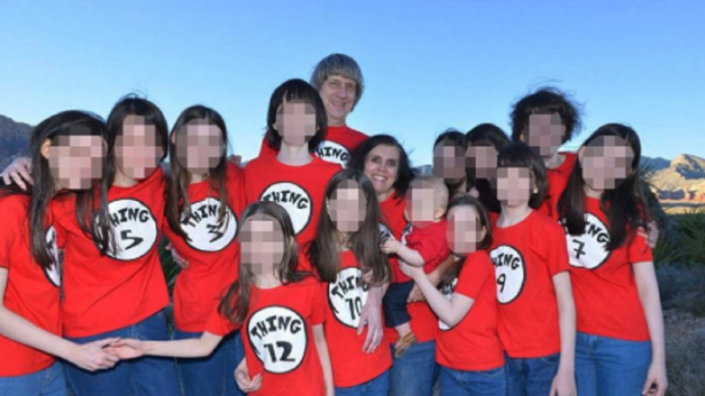 "Hacen pública la llamada al 911 de la niña que escapó de la ""casa del horror"""
