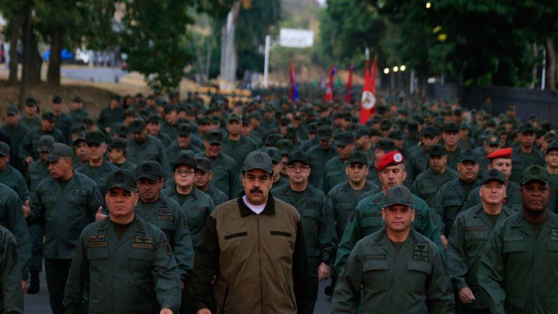 Nicolás Maduro en un acto del régimen con miembros de las Fuerzas Armadas Bolivarianas de Venezuela (FANB) en Caracas (Venezuela). EFE/PRENSA MIRAFLORES