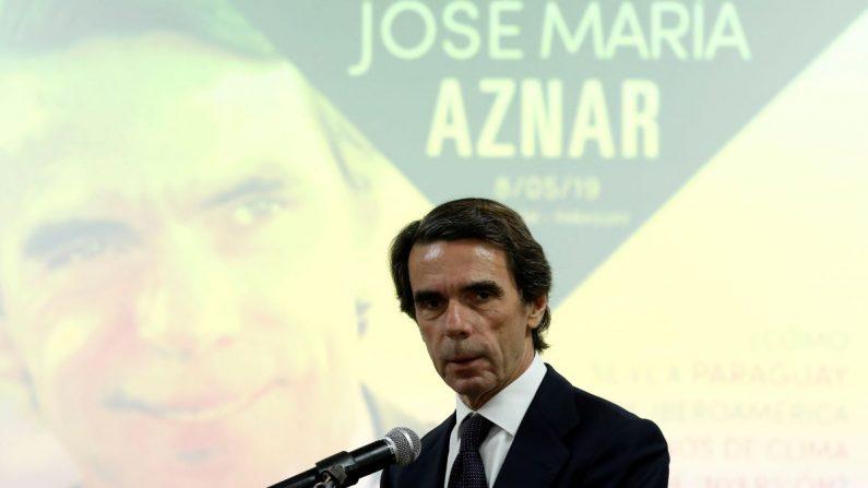 El expresidente español José María Aznar participa en una disertación el 8 de mayo de 2019, en Asunción (Paraguay). (Andrés Cristaldo/EFE)