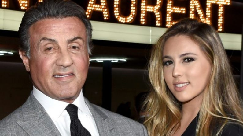 Sylvester Stallone y su hija mayor Sophia. (Crédito: Larry Busacca/Getty Images for SAINT LAURENT)
