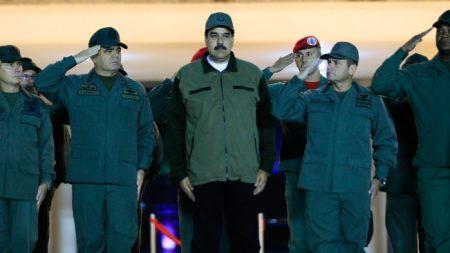 Desertor y preso político huyen a EEUU ayudados por gente de Maduro que en silencio trabajan para Guaidó