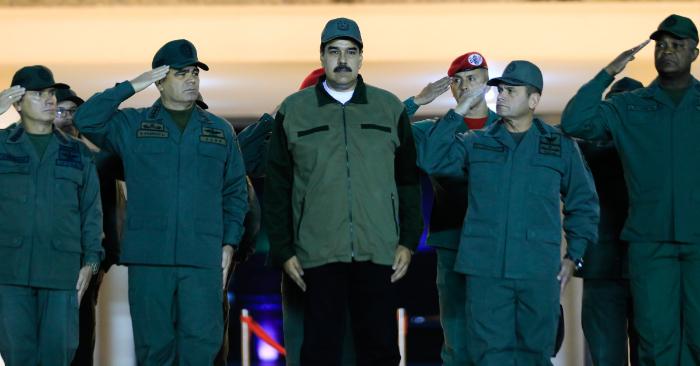 Nicolás Maduro en un acto del régimen con miembros de las Fuerzas Armadas Bolivarianas de Venezuela (FANB) en Caracas (Venezuela). (EFE/PRENSA MIRAFLORES)