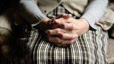 Filman el fantasma de una bisabuela acariciando a su nieto autista de 5 años