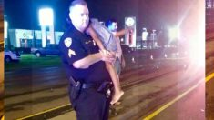 Policía con una niña entre sus brazos en medio de un accidente deja una profunda emoción en Internet