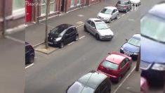 Intenta estacionar su auto por 30 minutos: cuando por fin lo logra, ¡los vecinos gritan!