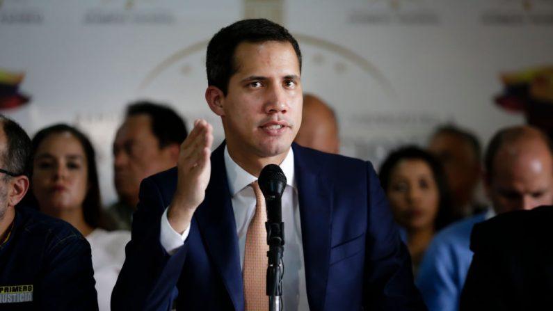 El presidente encargado venezolano Juan Guaidó, durante una conferencia de prensa en el Centro Plaza el 9 de mayo de 2019 en Caracas, Venezuela. (Eva Marie Uzcategui/Getty Images)