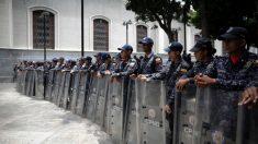 Diputado venezolano Gilber Caro es liberado tras casi dos meses detenido sin acusación formal