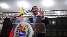 Excomisario apresado 15 años por el chavismo recibe libertad por indulto de Guaidó