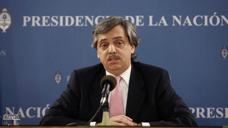 El nuevo candidato presidencial Alberto Fernández, habla durante una conferencia de prensa el 14 de noviembre de 2007 como jefe de gabinete del gobierno argentino en Buenos Aires. (ALEJANDRO PAGNI/AFP/Getty Images)