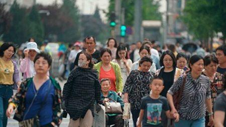 Pueblo chino teme ser manipulado por la propaganda del régimen en la guerra comercial con EE. UU.