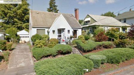 Hombre encuentra a su abuela fallecida en Google Street View