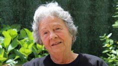 Esta abuela de 80 años se transforma glamurosamente con 'un pequeño retoque' de su nieta