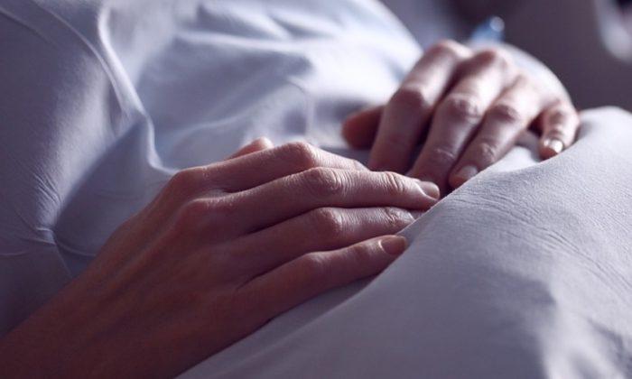 Imagen ilustrativa de un paciente de hospital. (Sharon McCutcheon/Pixabay)
