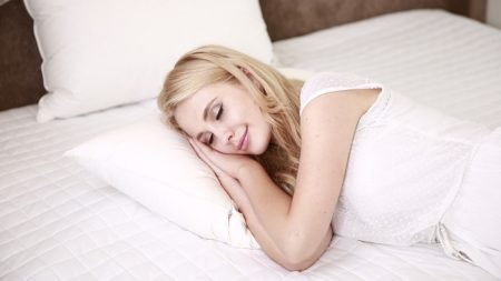 5 sugerencias para dormir mejor que realmente funcionan. La #5 podría cambiar tu vida