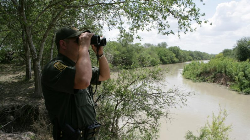 Agente de la Patrulla Fronteriza de Estados Unidos en el Borde Sur con México. (Departamento de Protección del Borde Fronterizo)