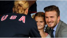 David Beckham enfrenta la furia de las redes al compartir foto dándole un beso a su hija en la boca