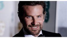 """Bradley Cooper revela que su papá murió en sus brazos: """"Fue el más grande regalo que me dio"""""""